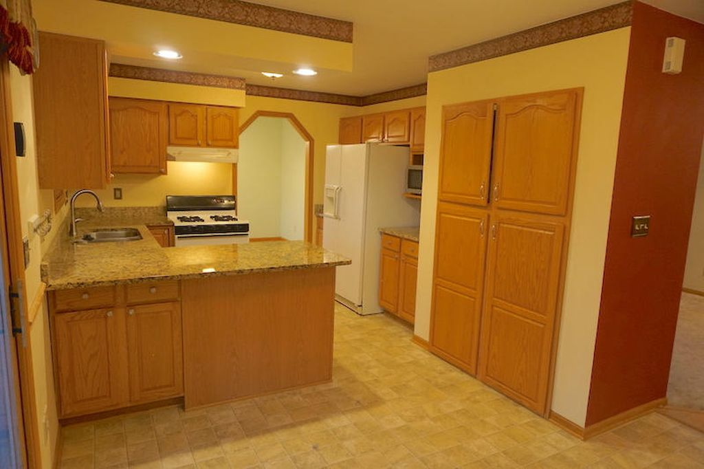 8 Unite Multifamily Kitchen-Inside
