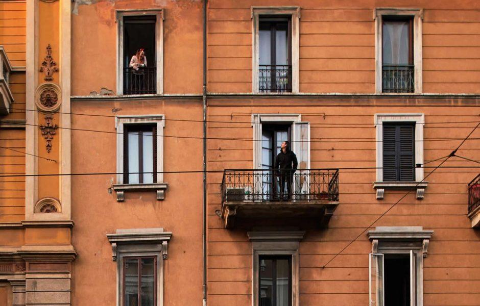 Balcony the first social media - InnoDez